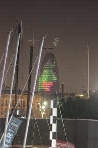 Do porto temos umas vista maravilhosa da Torre Agbar